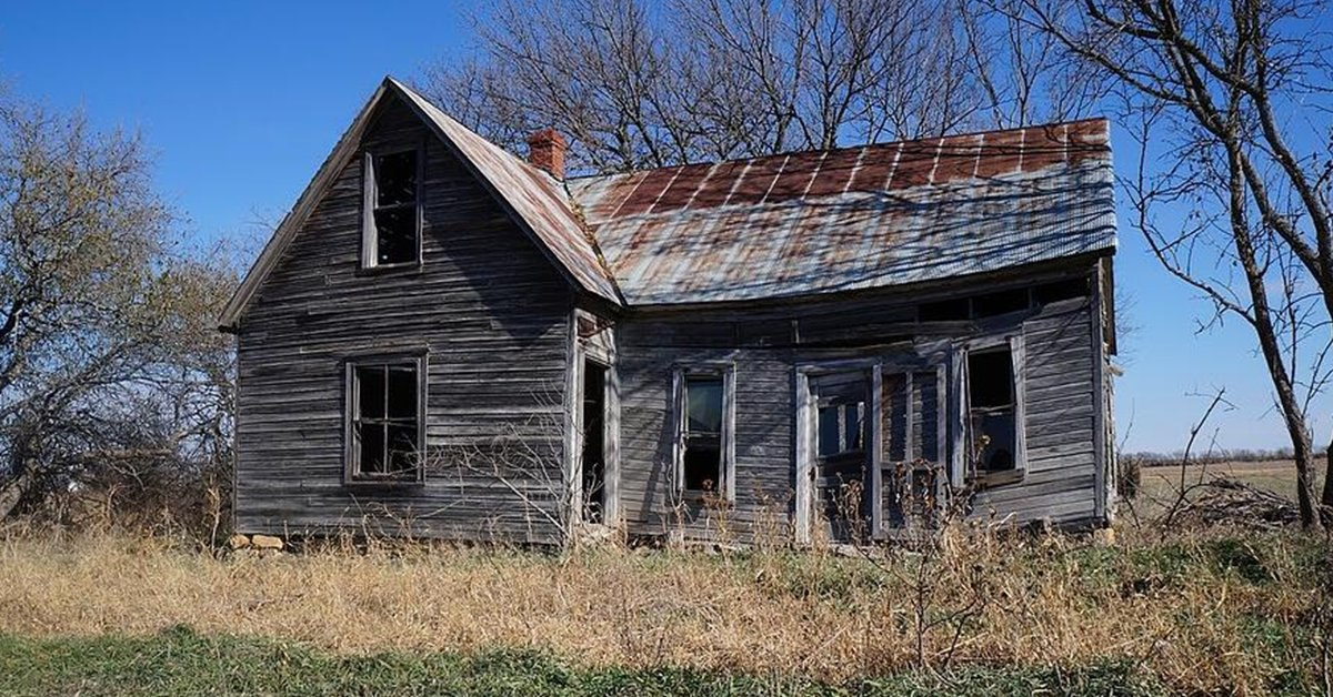 What Is Reclaimed Metal Roofing? Everything That You Need To Know.